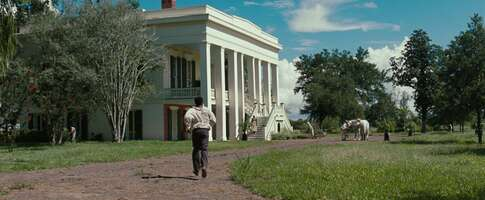 76203_02_12YearsaSlave_BocagePlantation_01.jpg
