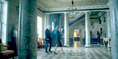 65494_38_TheCrown_The West Wycombe Estate_Foyer_01.jpg
