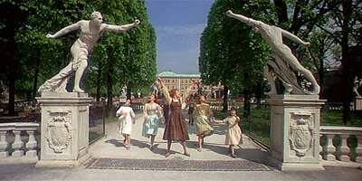 TheSoundofMusic_MirabellGarden_01.jpg