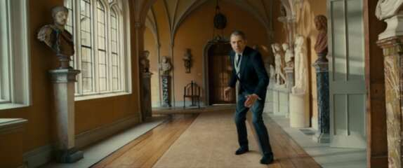 2409_johnny english reborn_wilton house - cloisters_1.png