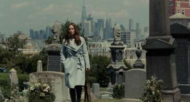 2479_the girl on the train_green-wood cemetery_1.png