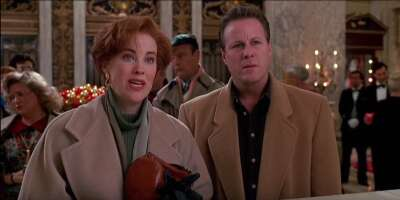 2767_home alone 2_ lost in new york_the plaza hotel_4.png