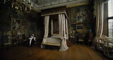 2851_the favourite_hatfield house - the king james' drawing room_5.png