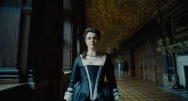 2854_the favourite_hatfield house - the long gallery_1.png