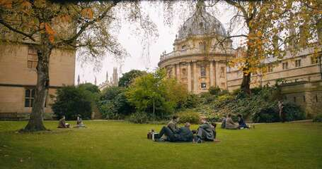 3313_tolkien_fellows' garden near the radcliffe camera_0.jpg