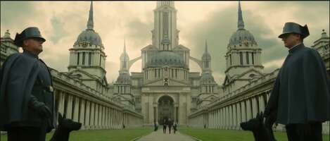 2268_03_TheGoldenCompass_OldRoyalNavalCollege_01.png