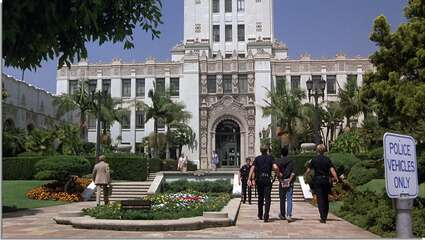 3699_beverly hills cop_beverly hills city hall_0.jpg