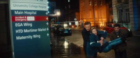4168_bridget jones' baby_university college london hospital_1.jpg