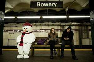 4221_mr. robot_bowery subway station_0.jpg