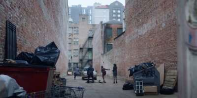 4223_the lovebirds_magazine street alley_0.png