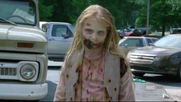 1402_01_TheWalkingDead_ParkingLot_02.png