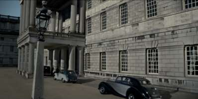 65494_04_TheCrown_The Old Royal Naval College_01.png