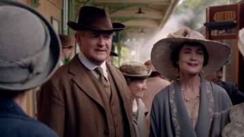 33907_45_DowntonAbbey_HorstedKeynesStation_01.png