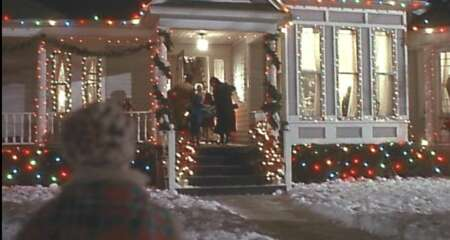 2699_home alone_306 laurel avenue (house)_1.png