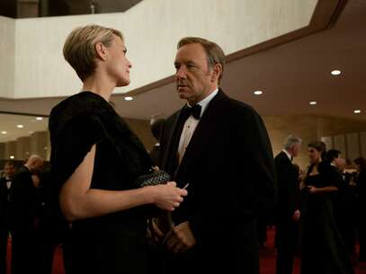 Still 1425_25_HouseOfCards_Lyric Opera House_02.jpg