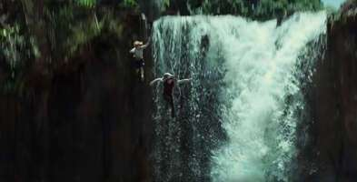 Media 135397_01_JurassicWorld_Waterfall_04.jpg