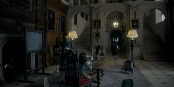 Still 65494_05_TheCrown_AudleyEndHouse_04.png