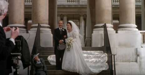 Still 712_08_FourWeddingsandaFuneral_RoyalNavalCollege_02.png