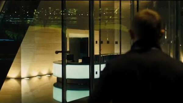 37724_08_Skyfall_BroadgatTower_02.png