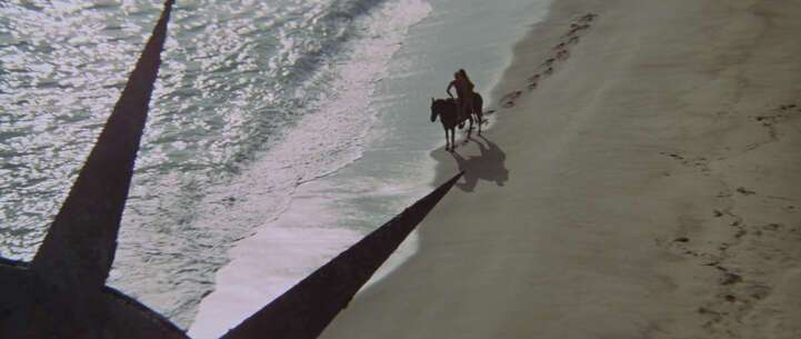 Still 871_01_ThePlanetoftheApes_Pirate'sCoveBeach_02.jpg