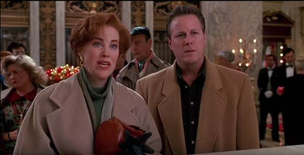 Still 2767_home alone 2_ lost in new york_the plaza hotel_4.png