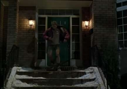 Still 2791_the santa clause_17 chisholm street_3.png