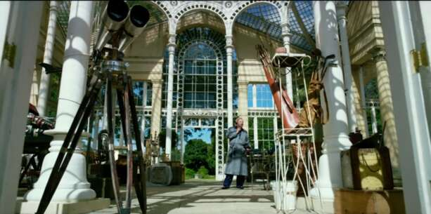 Still 3091_transformers_ the last knight_syon park - the great conservatory_0.png