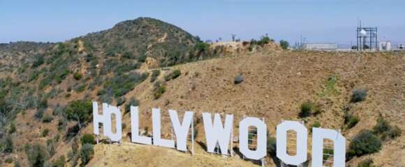Still 3099_yesterday_hollywood sign - wonder view trail_1.png