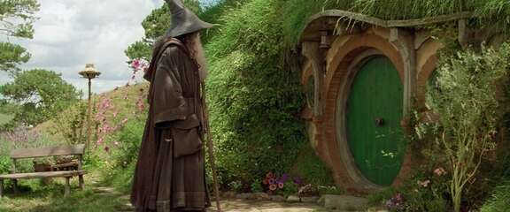 Still 3131_the lord of the rings_ the fellowship of the ring_hobbiton_2.jpg