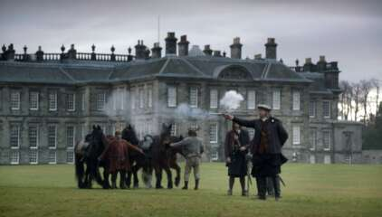Still 3281_outlander_hopetoun house_4.png