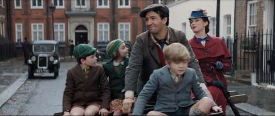 Still 3390_mary poppins returns_cowley street_2.png