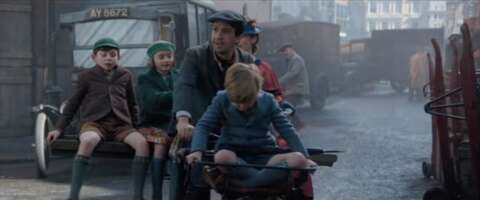 Media 3397_mary poppins returns_brydges place_2.png