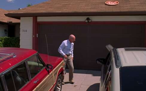 Still 1396_01_BreakingBad_House_03.png