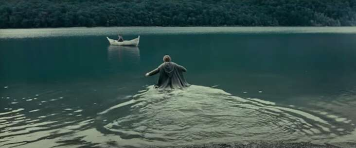 Still 4227_the lord of the rings - the fellowship of the ring_mavora lakes_1.png