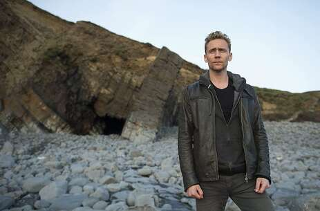 Still 4328_the night manager_abbey river beach_1.jpg