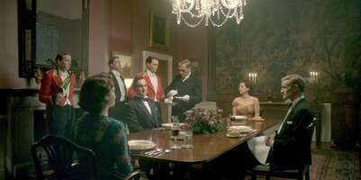 Media 65494_50_TheCrown_ClarenceHouse_The Dining Room_01.jpg